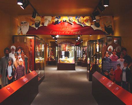Fig. 19. Entrance to the exhibit Sikhs: Legacy of the Punjab, Smithsonian Institute Washington D.C
