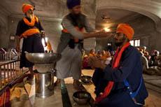 A young Sikh becomes Khalsa
