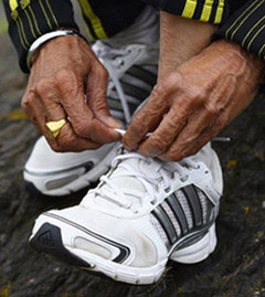 Fauja Singh lacing up for final long distance marathon