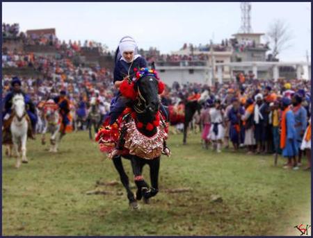 Harsangat Raj Kaur racing