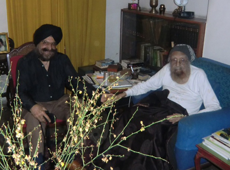 Khushwant Singh at his home with Dr Narinder Kapany 2012