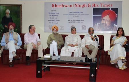 Khushwant Singh  - A Celebration in Delhi