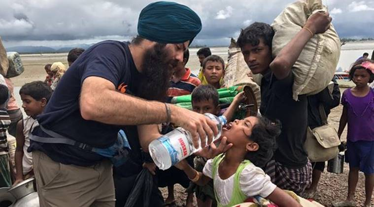Rohingya crisis: Sikh volunteers reach Bangladesh-Myanmar border to provide langar to refugees